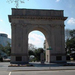 Victory Arch, Newport News, VA