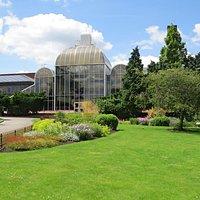 Queens Park gardens