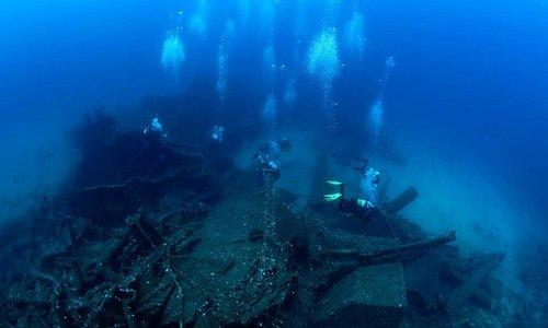 Diving at Kyra Eleni wreck