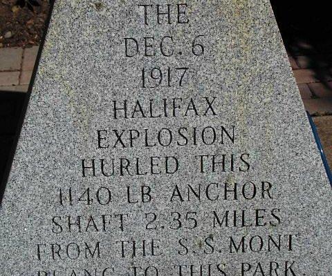 6 Dez 1917 - mitten im Ersten Weltkrieg explodiert ein Frachter mit Sprengstoff in Halifax