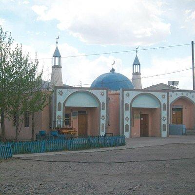 olgii kazakh mosque
