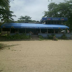 There is a restaurant and bar at the beach