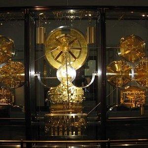 The workings of Jensen Olsen's clock