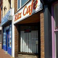 Ritz Cafe, Flint