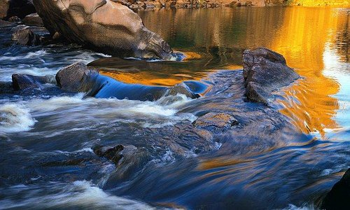 Beautiful landscape photograph by Australian artist Peter Jarver