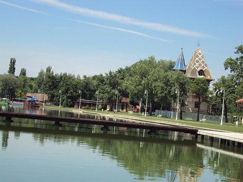Palic lake banks