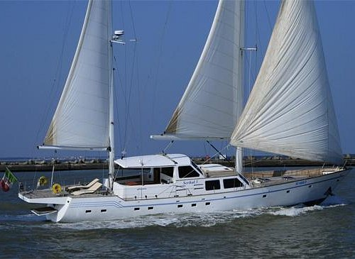 Serikal with open Sail