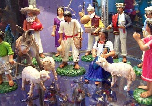 Pablo Paredes Goche, ceramic figures - Tlaquepaque