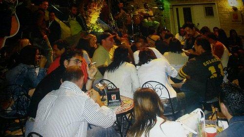 una dolce serata al bar gelateria piazza roma