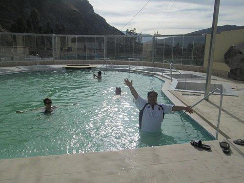 solo a 38 grados centigrados la temperatura del agua termal