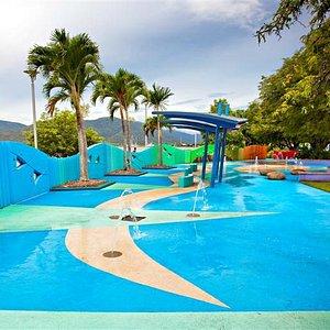Muddy's Playground - splash play