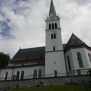 La chiesetta dall'esterno
