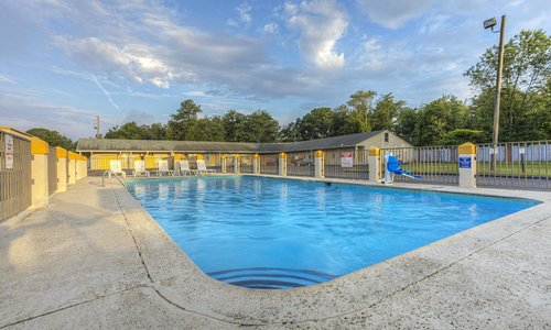 Pool With Picnic Area