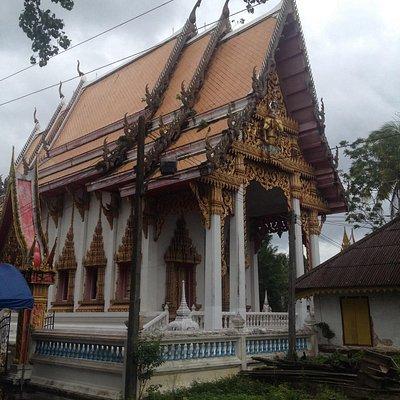 A pretty standard temple.