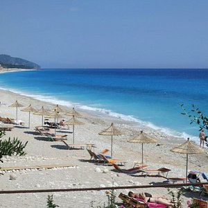 the beach in fron of Summer Deam hotel