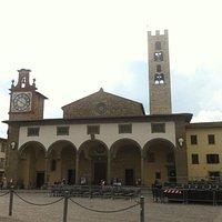 Facciata della Basilica di Santa Maria dell'Impruneta