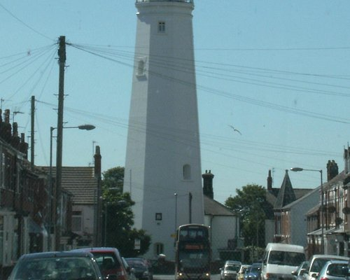 Withernsea inland Lighthouse