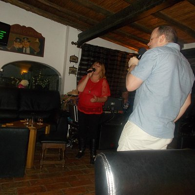 Becci duets with one of the punters!