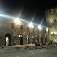 Il Castello Svevo By Night
