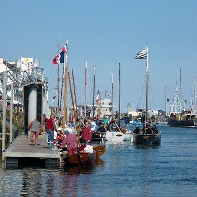 Binic, port de plaisance, fête de la morue