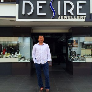 If you are looking for Jewellery go and see Erkan at Desire Jewellery in Hisaronu.  Fantastic ra