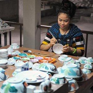 Hand-painting the chicken bowls - taken from my blog - oneweirdglobe.com