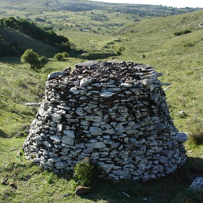 Monticulos de piedra Sitio Arqueológico