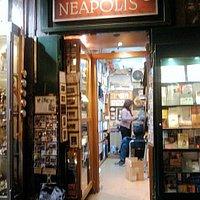 Libreria Neapolis di Napoli