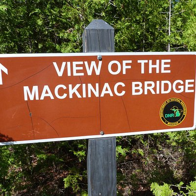 short trail for view of Mackinac Bridge