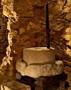 Qu'est-ce donc?, vous le saurez en venant découvrir les habitations troglodytiques de Belvès