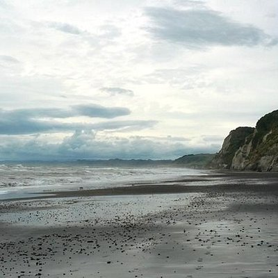 At the White Cliffs with low tide