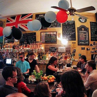 Main Gringo bar view