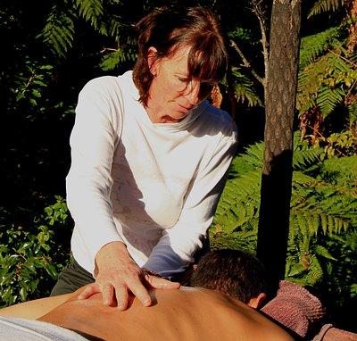 Leeann Massaging