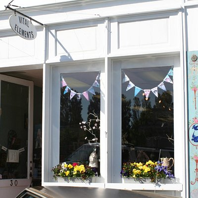 A Charming Gift Boutique!