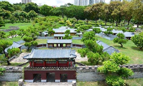 Salah satu miniatur bangunan di Splendid China Park