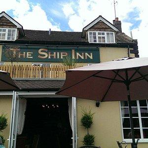 Great Pub Riverside