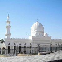 光り輝くモスク