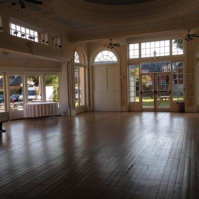 Beautil ballroom
