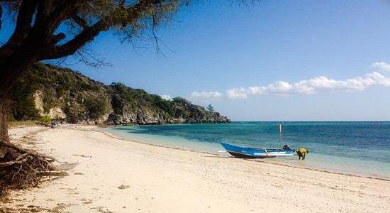 akrema beach
