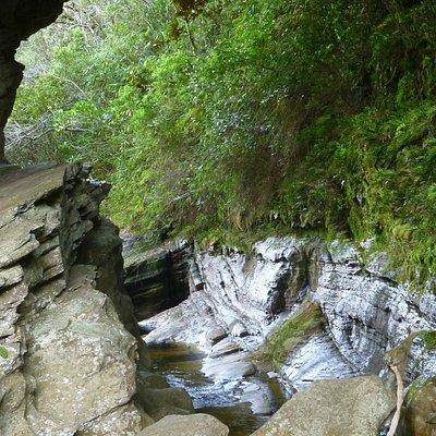Interior da Ponte de Pedra