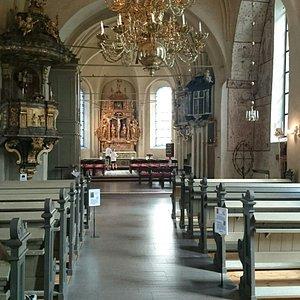 Interiör i kyrkan.