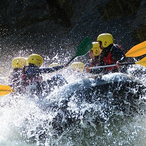 Rafting a tope.