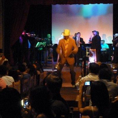 Enjoying the show at the Cana Santa Bar