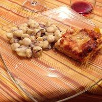 Bis di primi: gnocchetti speck e radicchio, lasagne al forno