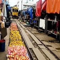 Railway Market or Mae Klong Market, Samutsongkram