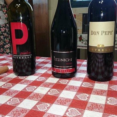 Vinprovningen på Cantina Petrelli