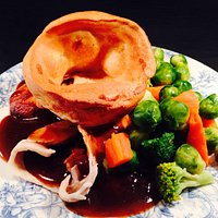 Beautiful Sunday roast dinners at The Cross Roads