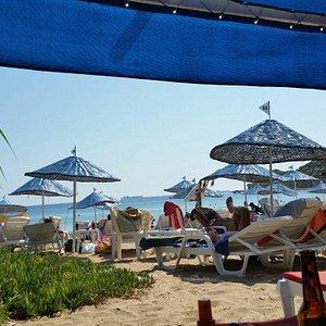 Temiz, uygun fiyatlı aile plajı