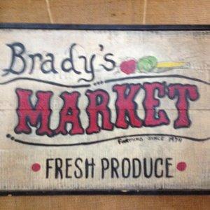 Brady's Farm Market