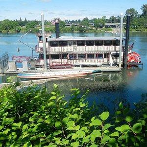 Salem Riverfront Park